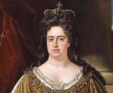Olivia Coleman, left, plays Queen Anne in The Favorite, right a portrait of the Monarch by John Closterman