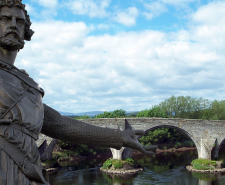 The statue of William Wallace in Aberdeen and the location of his famous victory, Stirling bridge