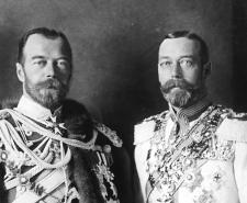 Tsar Nicolas II (left) and George V (right) were first cousins