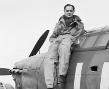 Squadron Leader Douglas Bader, CO of No. 242 Squadron, seated on his Hawker Hurricane at Duxford, September 1940 | Public Domain