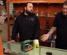 Pawn Stars - Pawn It Out of the Park (Season 20, Episode 1).