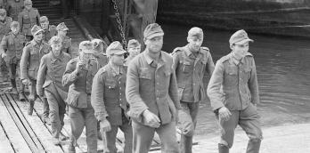 German soldiers who were captured in Normandy disembarking