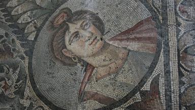 Roman mosaic of a woman, British Museum |  Pixabay | Public Domain