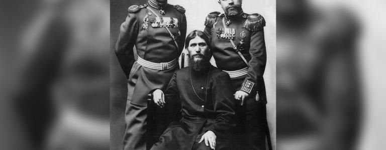 Grigory Rasputin, Major General Putyatin and Colonel Loman | Public Domain | Wikimedia