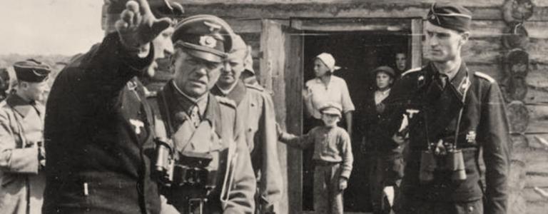 German general Heinz Guderian (centre), commander of Panzer Group 2, on 20 August 1941